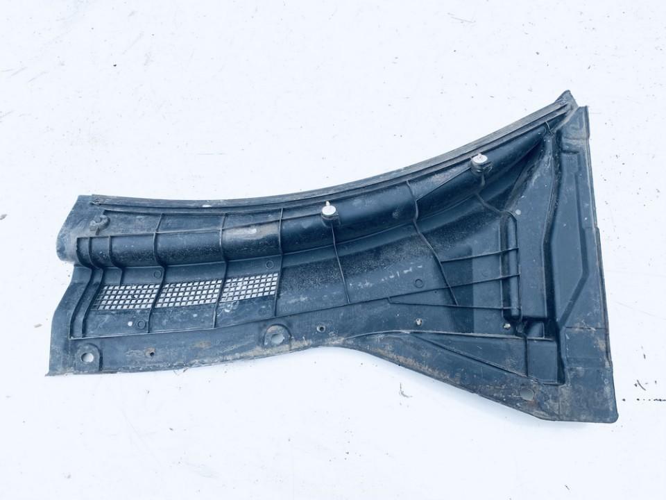 Valytuvu apdailos plastmase P. Nissan X-Trail 2005    2.2 668628h900