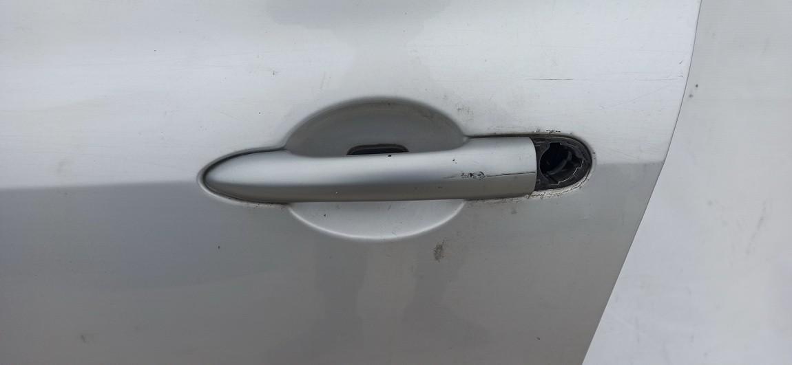 Duru isorine rankenele P.K. Renault Clio 2010    1.2 sidabrine