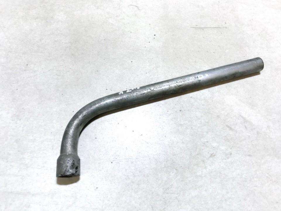 Raktas, ratui atsukti (ratu raktas) 4d0012219a used Volkswagen GOLF 1992 1.4