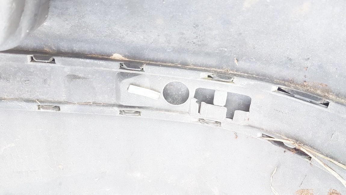 Bamperio moldingas G.K. Volkswagen Golf 2001    1.6 USED