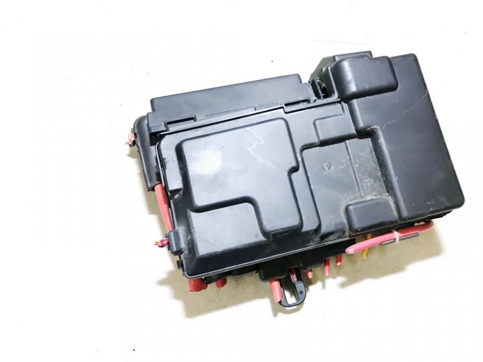 Fuse box  Volvo S60 2012    1.6 30659092