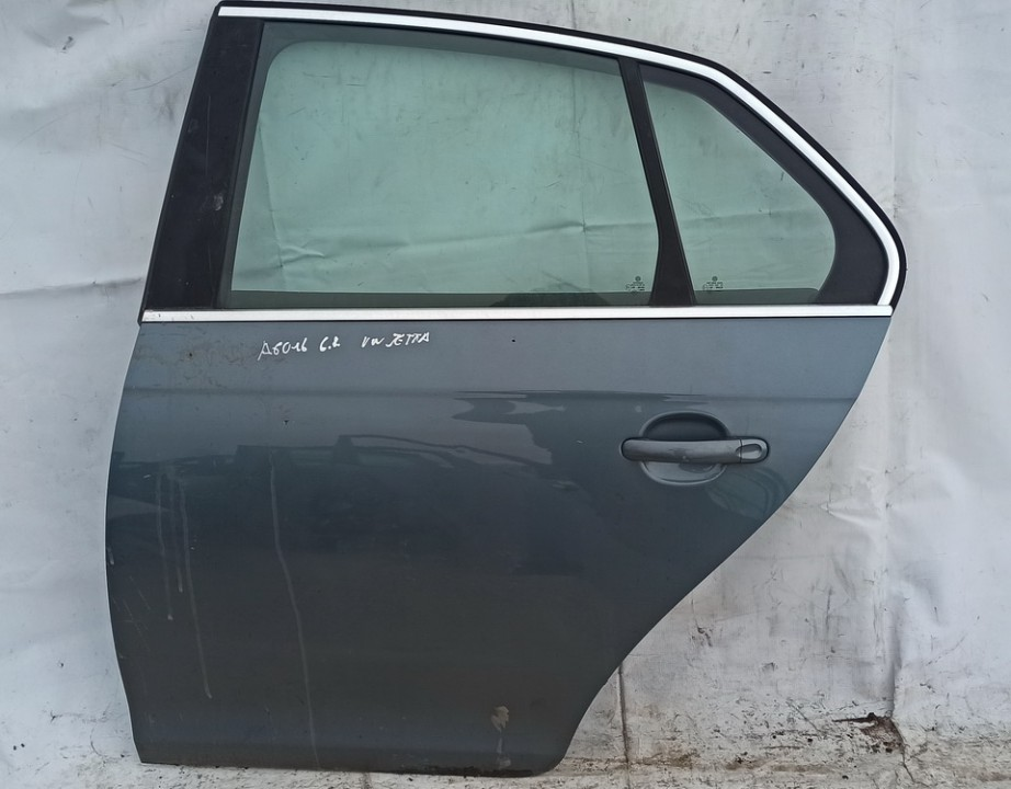 Durys G.K. Volkswagen Jetta 2008    2.0 Pilka