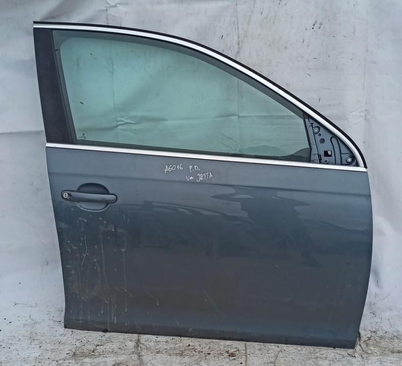Durys P.D. Volkswagen Jetta 2008    2.0 Pilka