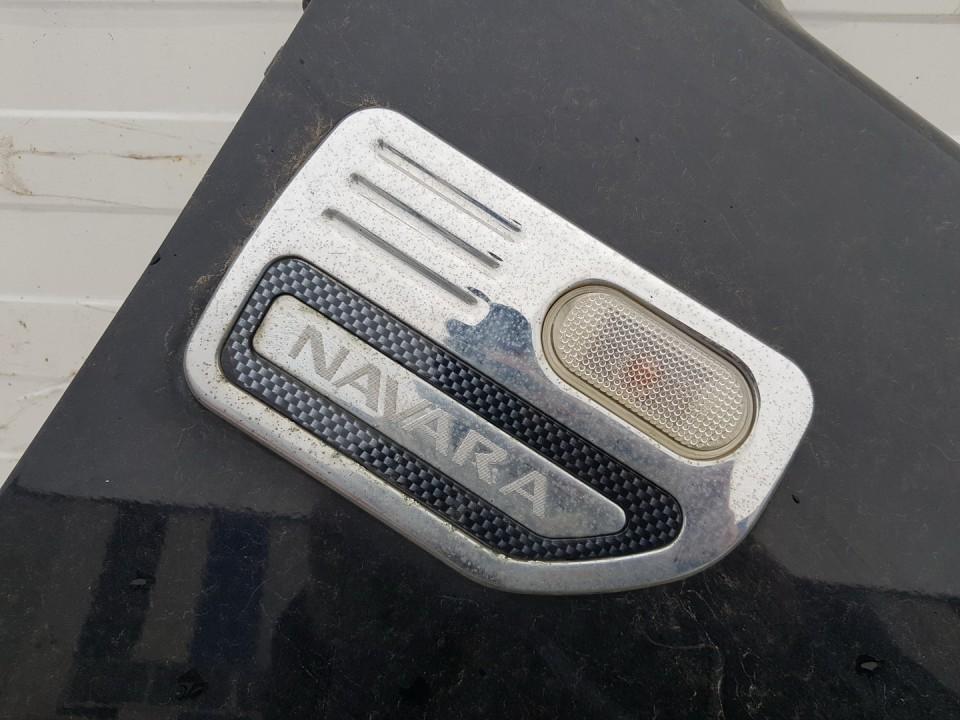 Duru moldingas isorinis P.D. Nissan Navara 2005    2.5 used