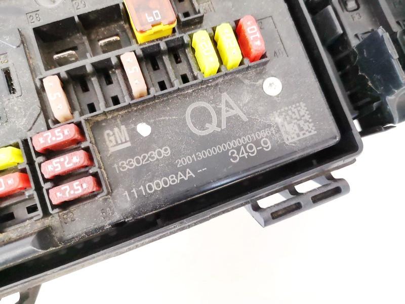 Saugikliu deze Opel Astra 2010    1.4 13302309qa