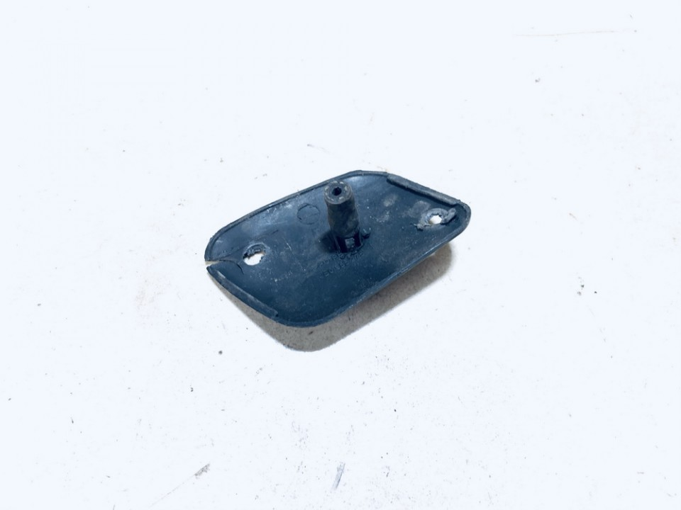 Zibintu apiplovimo dangtelis (xenon zibinto apiplovimo dangtelis) P.D. Audi A6 2001    2.4 4b0955275