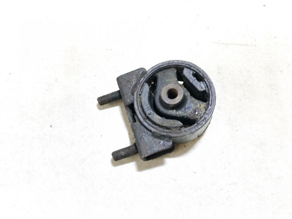Variklio pagalves bei Greiciu dezes pagalves Suzuki Liana 2003    1.6 used