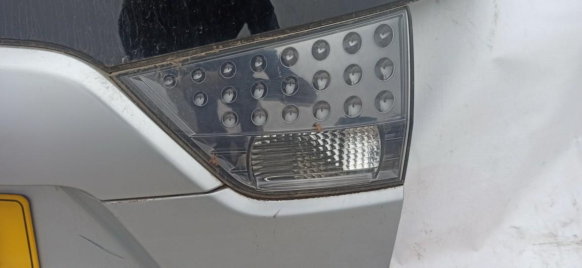 Galinio Dangcio zibintas G.D. (kapoto) Mitsubishi Outlander 2007    2.0 Sidabrine