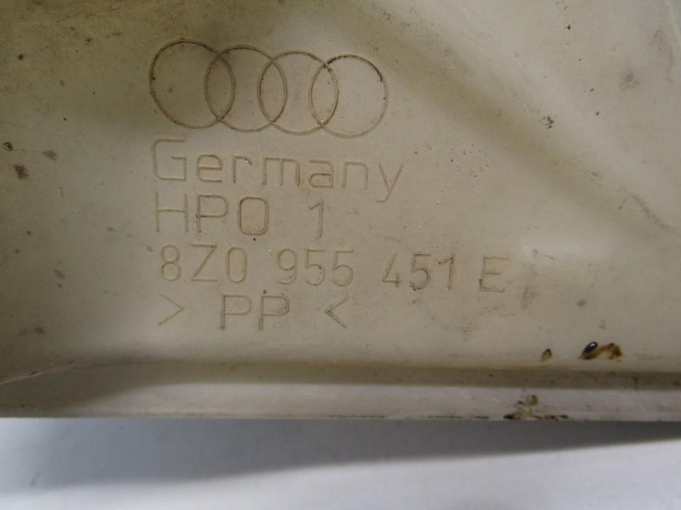 Langu apiplovimo bakelis Audi A2 2002    1.4 8Z0955451E