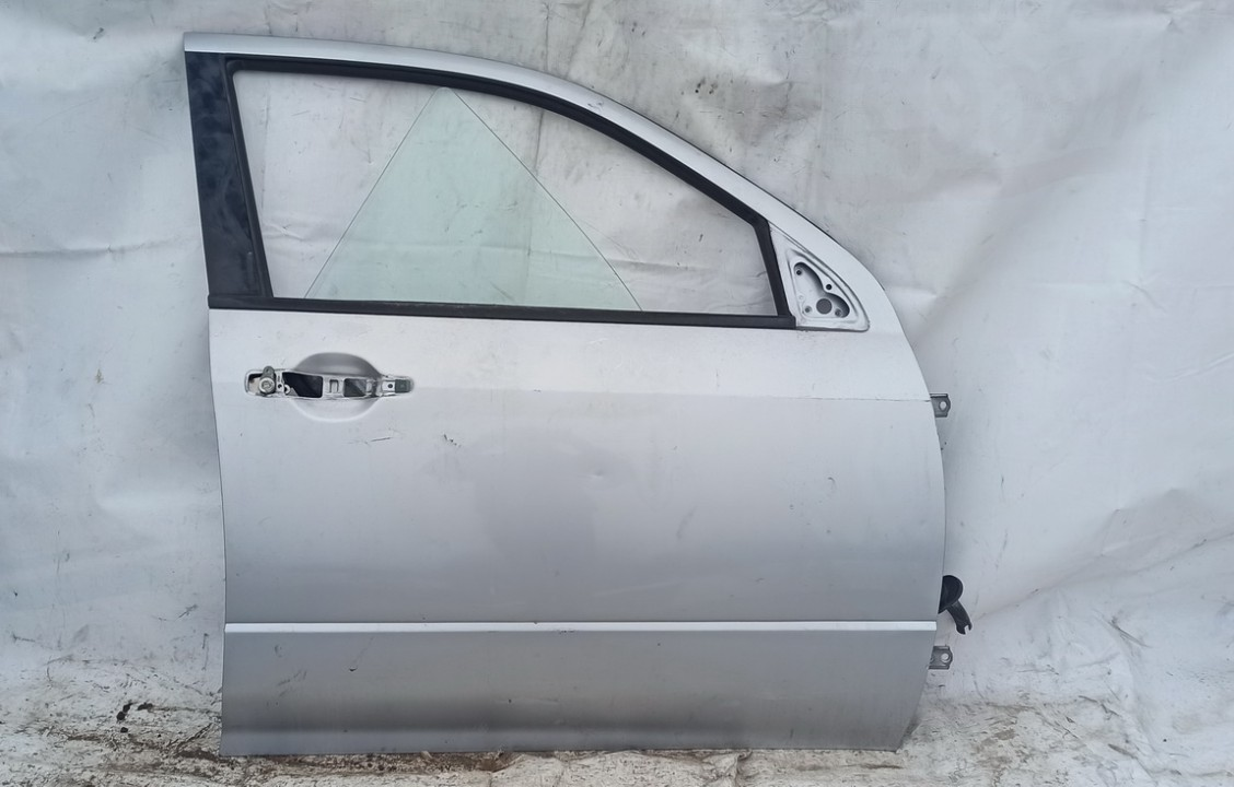 Durys P.D. Mitsubishi Outlander 2004    2.4 Sidabrine