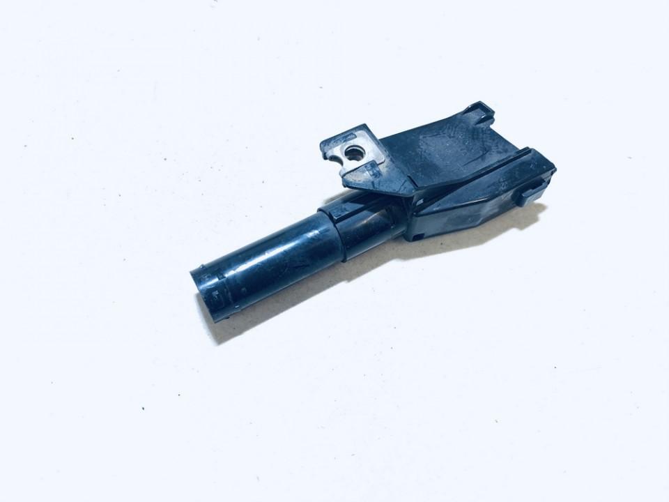 Zibintu apiplovejas P.K. Mitsubishi Pajero 2005    0.0 87873