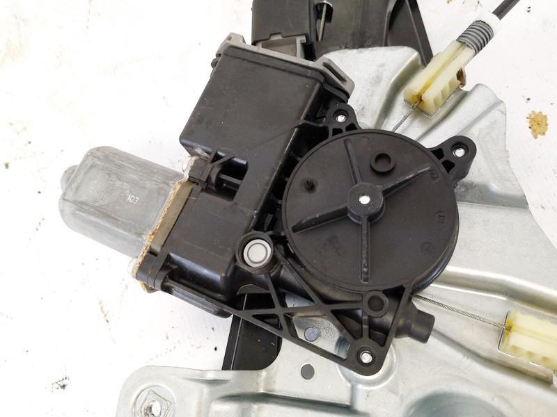Duru lango pakelejo varikliukas P.K. Opel Astra 2010    1.4 13302456