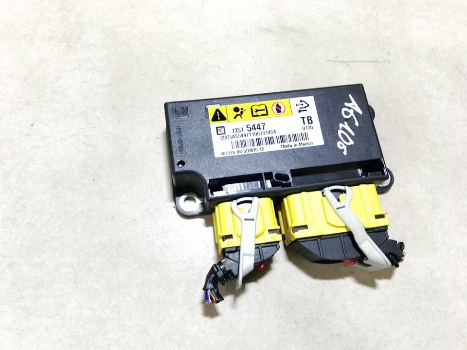 SRS AIRBAG KOMPIUTERIS - ORO PAGALVIU VALDYMO BLOKAS Opel Insignia 2010    2.0 13575447