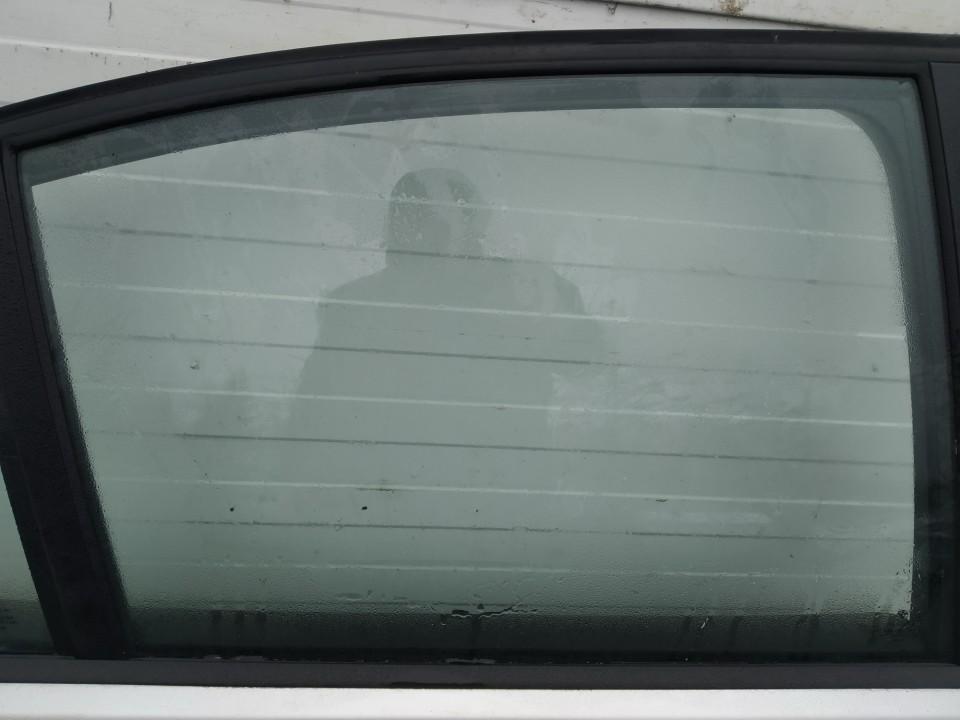 Duru stiklas G.D. BMW 3-Series 2005    2.0 used