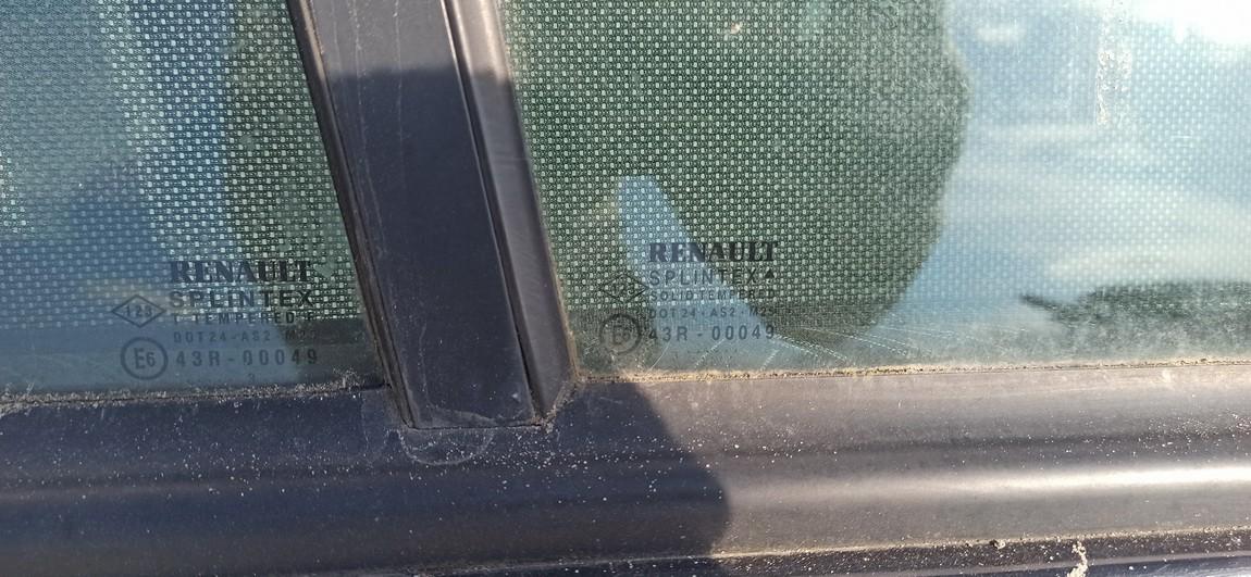 Duru stiklas G.D. Toyota Yaris 2001    1.3 Melyna
