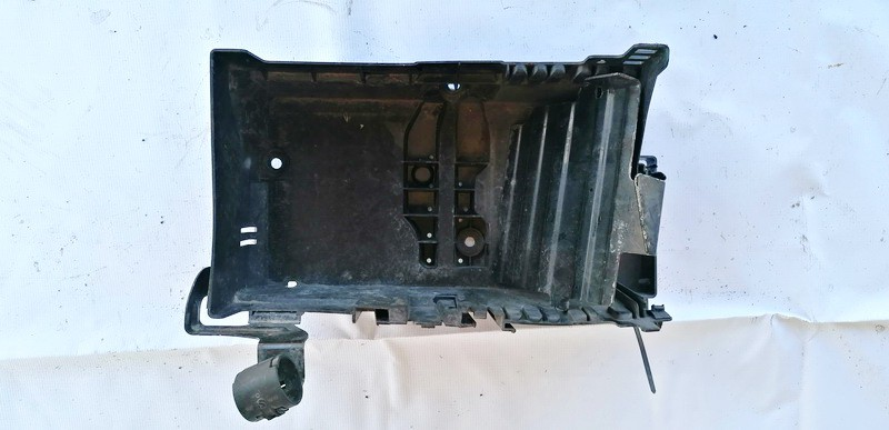 Battery Boxes - Trays Opel Astra 2010    1.4 USED