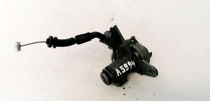 Galinio Dangcio spynele G. (kapoto) Audi A4 2005    2.0 8E0827573