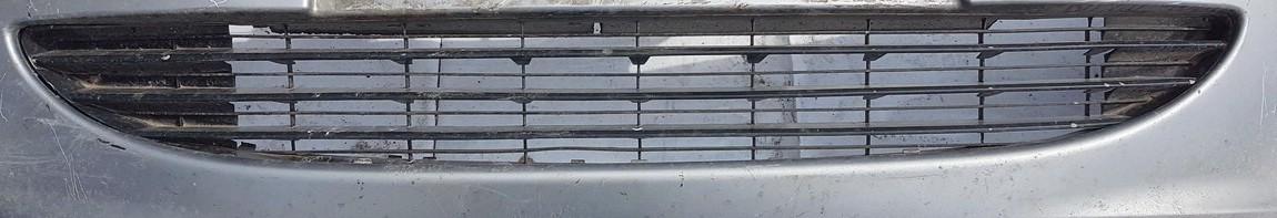 Peugeot  307 Bamperio groteles vidurines
