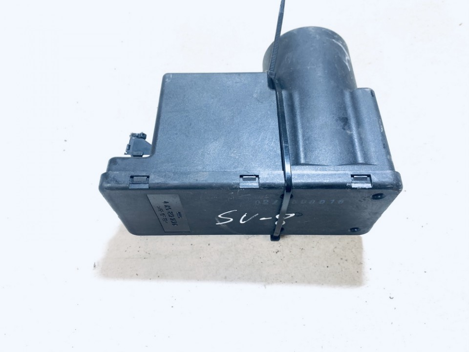 Central Locking Pump Audi A4 1996    1.8 4A0862257A