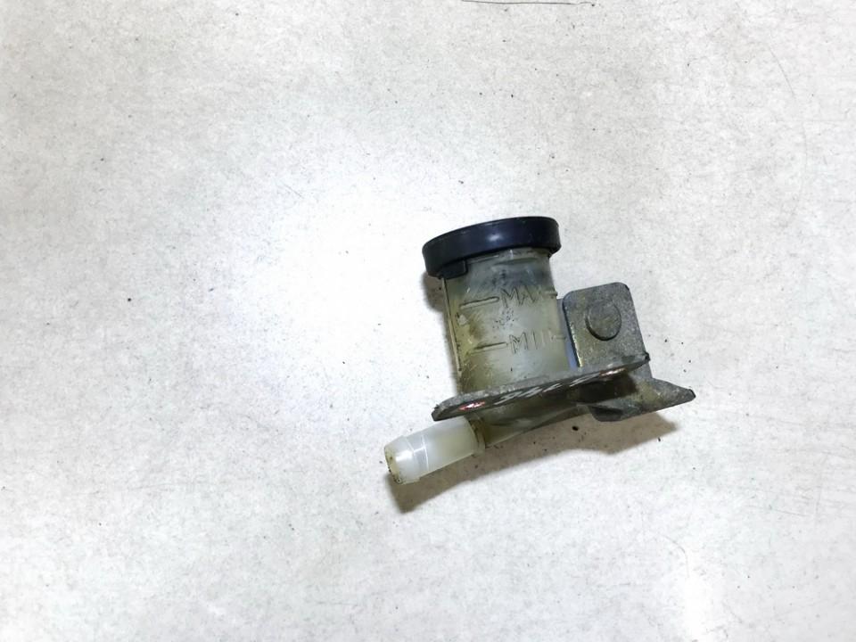 Stabdziu skyscio bakelis Nissan Primera 2000    2.0 used