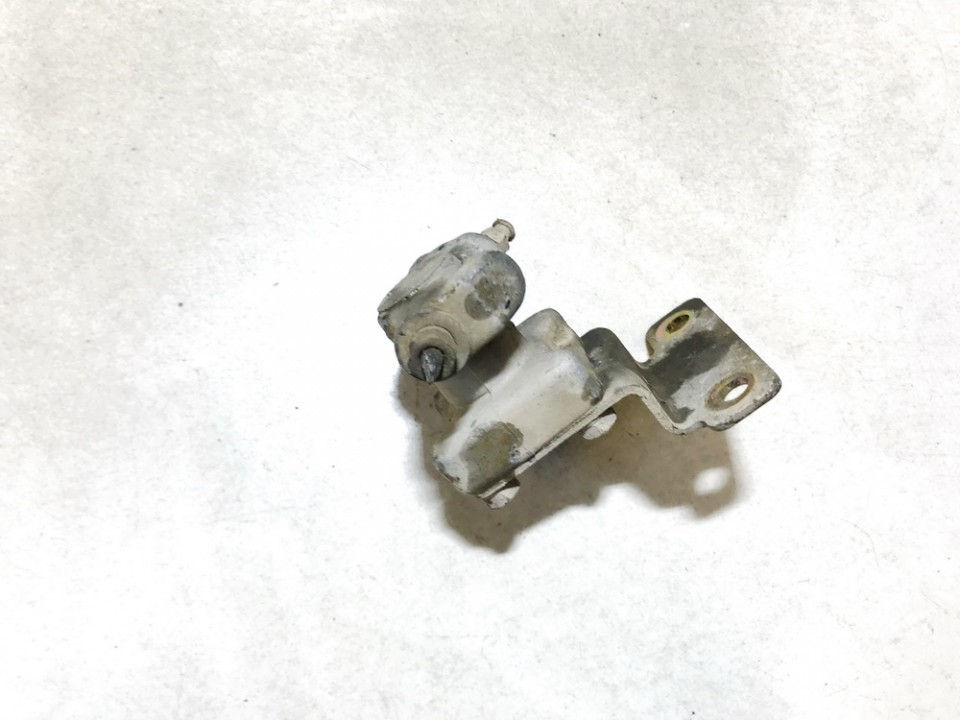 Stabdziu reguliatorius (stabdymo jegos reguliatorius) Nissan Primera 2000    2.0 used