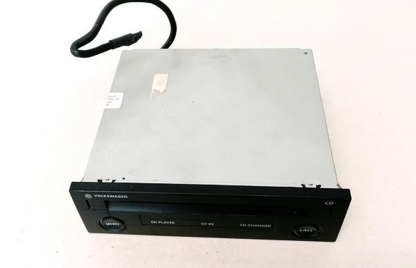 CD changers Volkswagen Passat 2002    1.9 1J0035119B