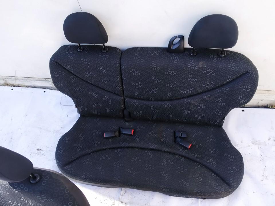 Salono sedyniu komplektas Toyota Yaris 2005    1.0 used