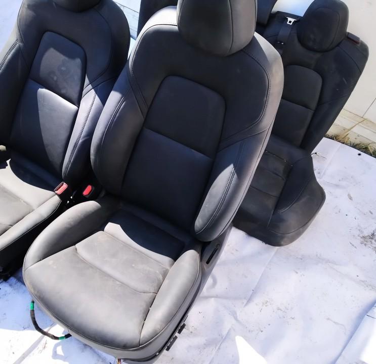 Salono sedyniu komplektas Tesla Model 3 2020    0.0 used