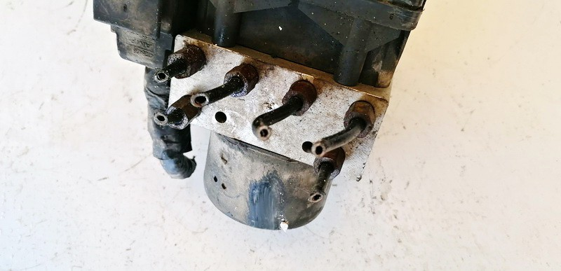 ABS Unit (ABS Brake Pump) Chrysler PT Cruiser 2001    2.0 05033082AD