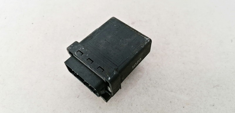 Glow plug relay BMW 5-Series 2001    3.0 2246919
