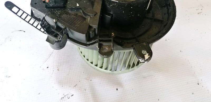 Heater blower assy Volkswagen Passat 2002    1.9 8D1820021