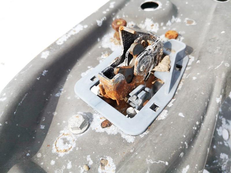 used used Kapoto spyna Renault Laguna 2000 0.0L 9EUR EIS01076826