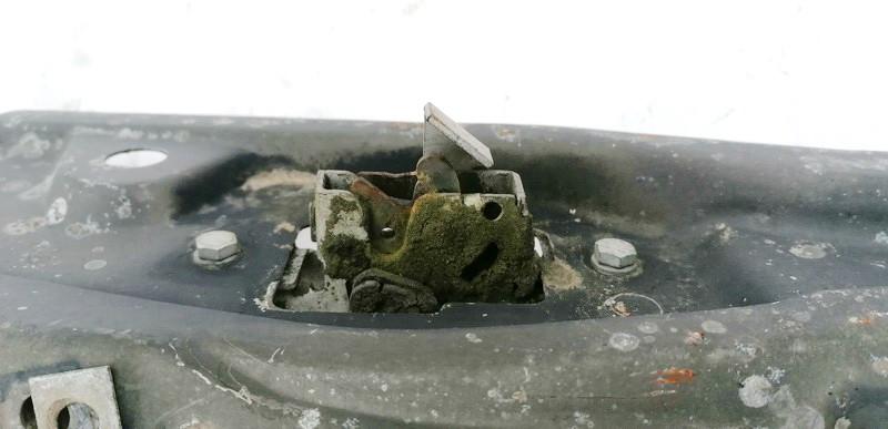 Kapoto spyna Renault  Laguna