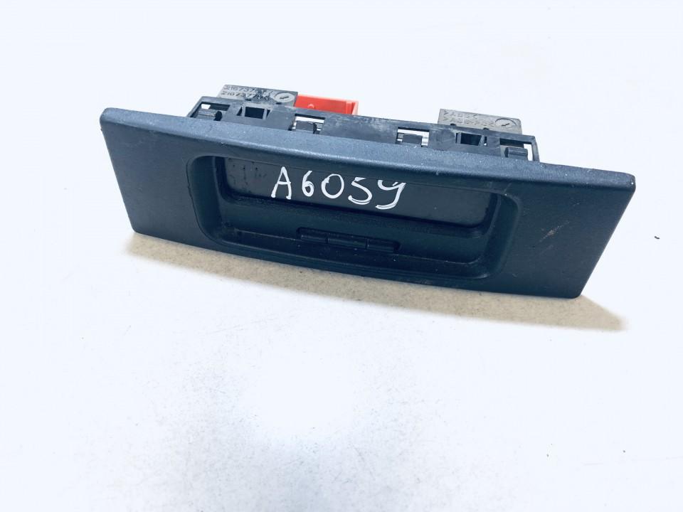 Dashboard Radio Display (Clock,Info Monitor,BORD COMPUTER) Renault Master 2005    2.5 8200107839