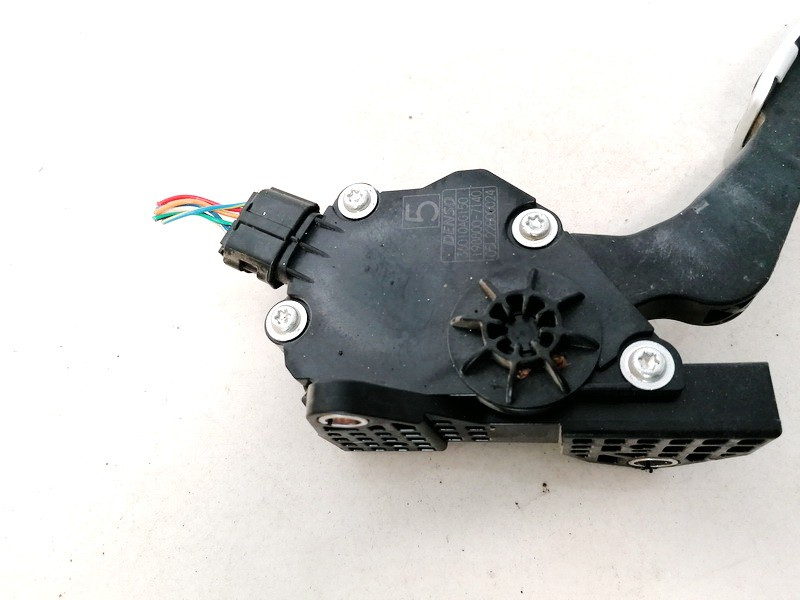 Accelerator throttle pedal (potentiometer) Subaru Legacy 2009    2.0 1988007140