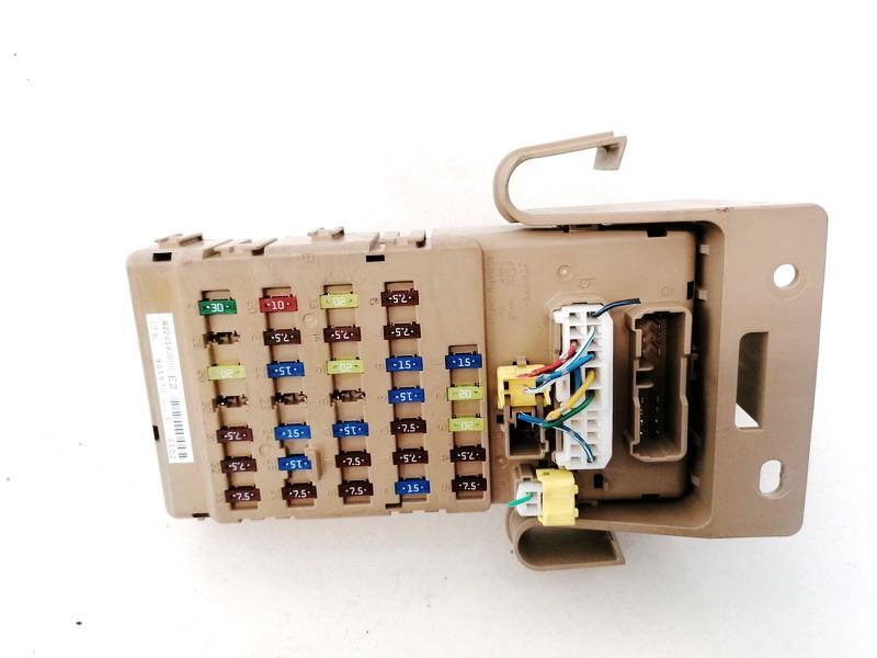 Fuse box  Subaru Legacy 2009    2.0 82201AJ000