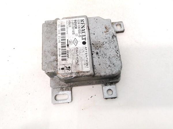 Airbag crash sensors module Renault Clio 2002    1.5 8200136038