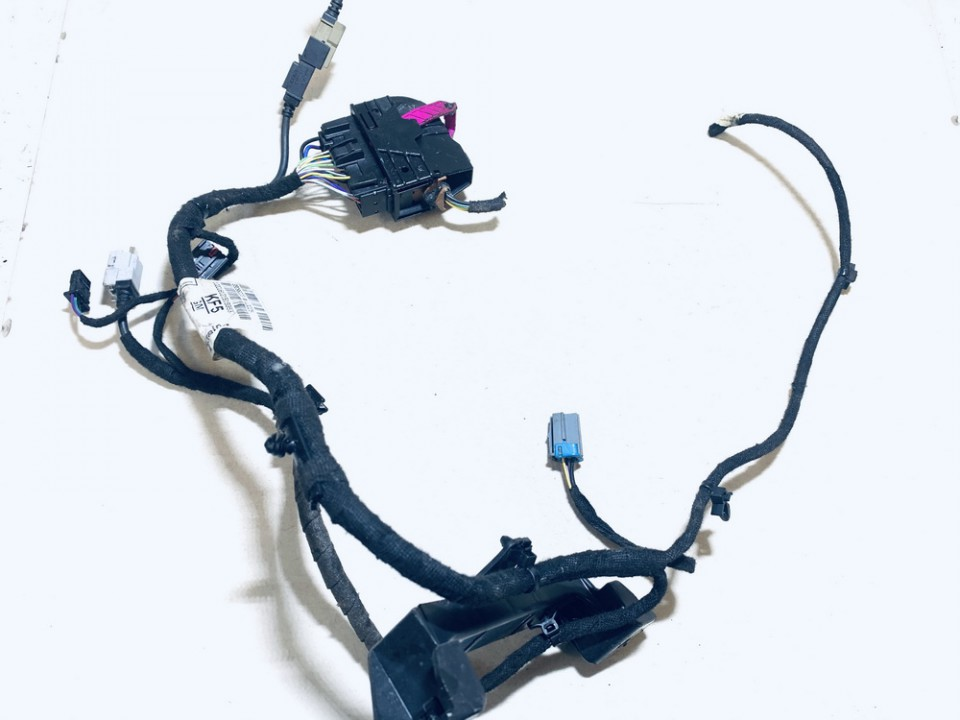 wiring looms and harnesses Opel Astra 2017    1.4 39088223