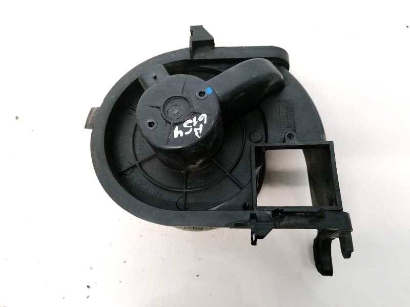 Heater blower assy Renault Clio 2002    1.5 127121200