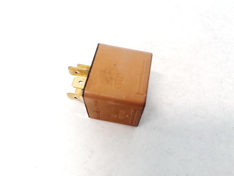 Relay module SAAB 9-3 2004    2.0 90491314