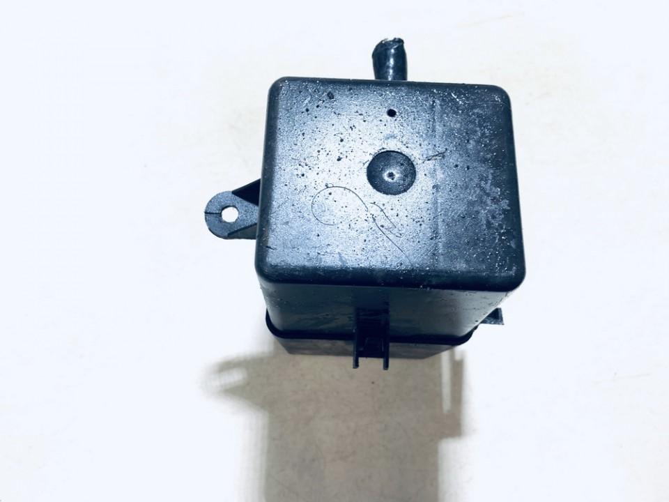 Fuse box  Audi A3 1997    1.9 1j0941389b