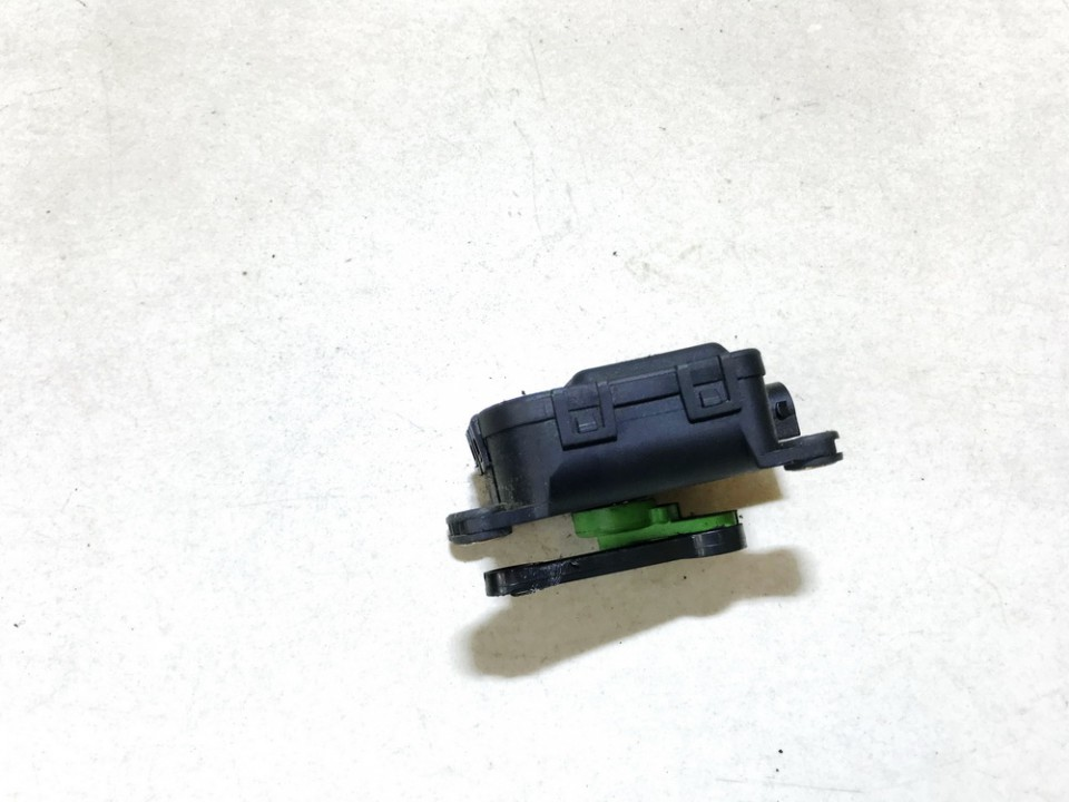 Heater Vent Flap Control Actuator Motor Audi A3 1997    1.9 1j1907511d