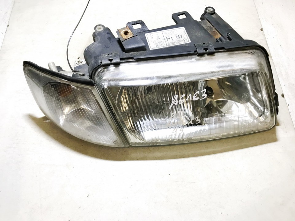 used used Front Headlight Right RH Audi A3 1997 1.9L 18EUR EIS01079044