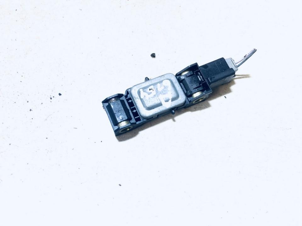 Srs Airbag crash sensor Renault Clio 2002    1.5 8200047305