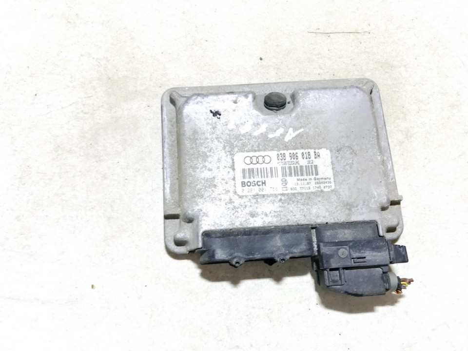 ECU Engine Computer (Engine Control Unit) Audi A3 1997    1.9 038906018