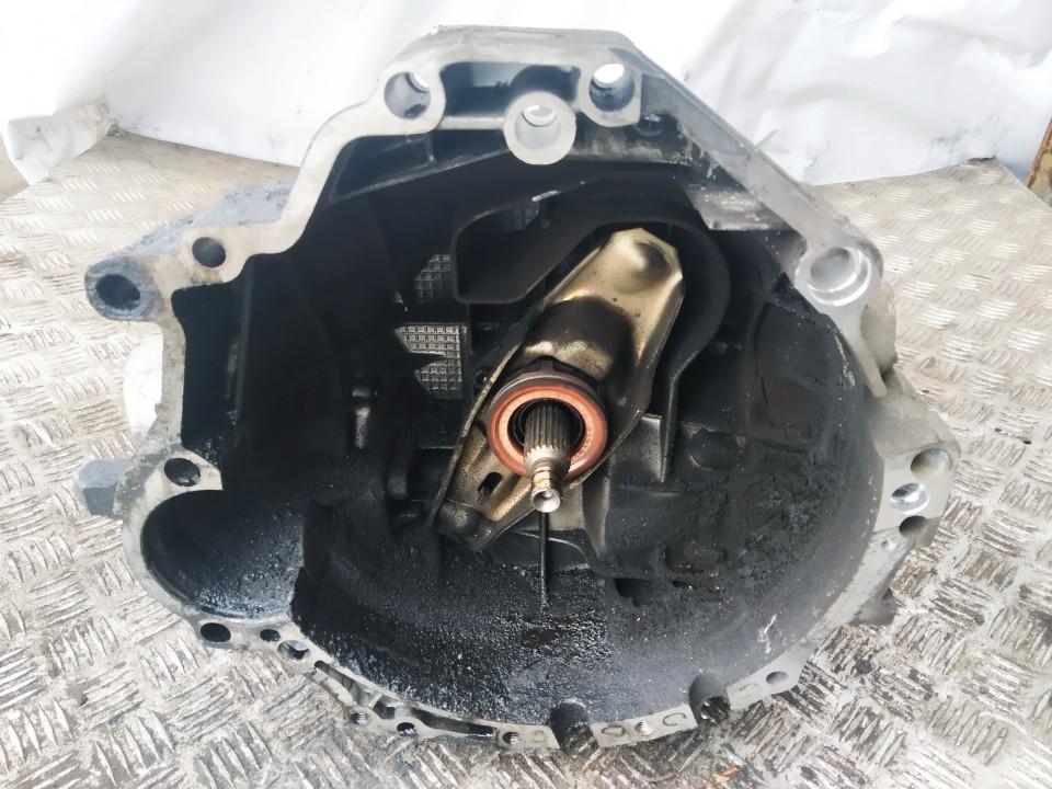 Gearbox Volkswagen Passat 2002    1.9 een