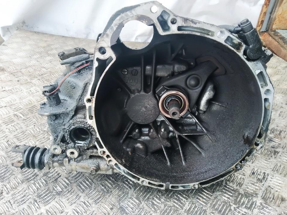 Gearbox Nissan Almera Tino 2001    2.2 yd1