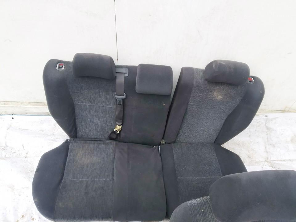 Salono sedyniu komplektas Toyota Corolla 2002    1.4 used