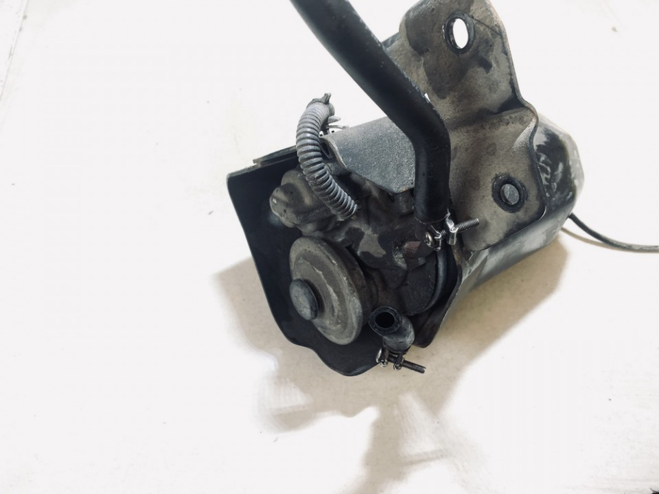 Subaru  Legacy Fuel filter