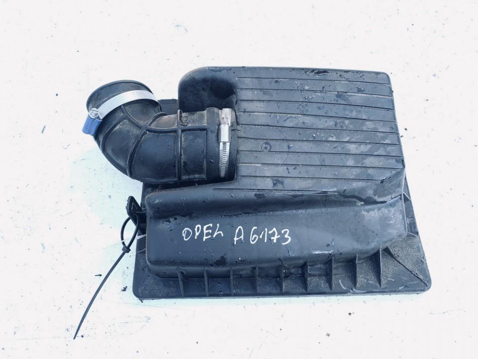 Air filter box Opel Zafira 2000    2.0 90531002